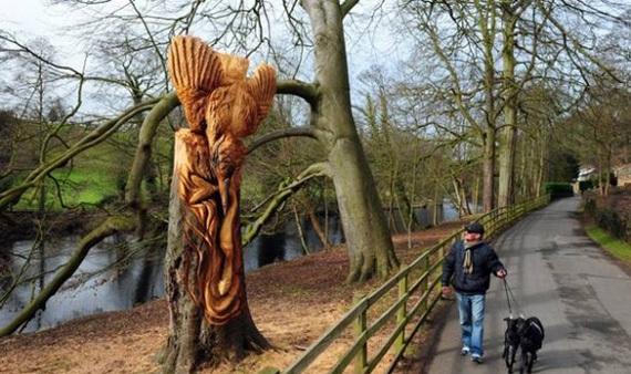 скульптуры и деревья 2 (570x338, 100Kb)
