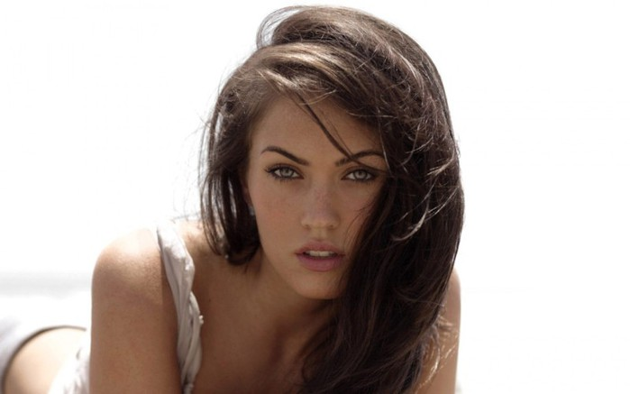 Girls_Megan_Fox_017953_ (700x437, 38Kb)