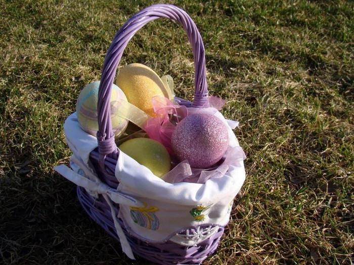 Holidays_Easter_Peaster_basket_020628_ (700x525, 160Kb)