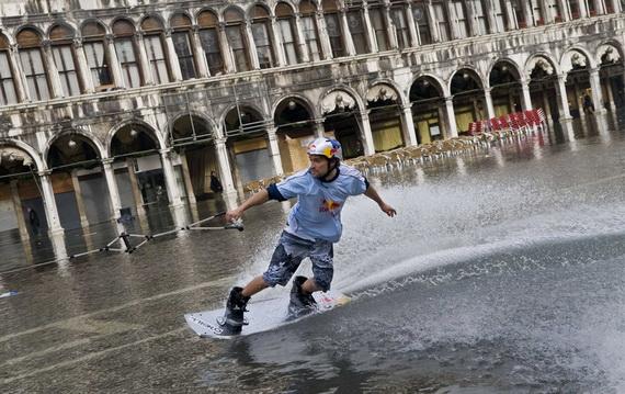 затопленная венеция 4 (570x359, 112Kb)