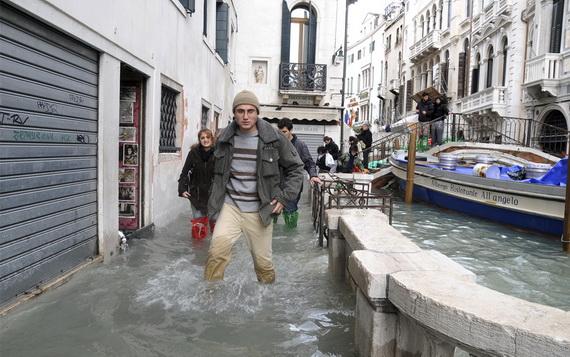затопленная венеция 19 (570x357, 103Kb)