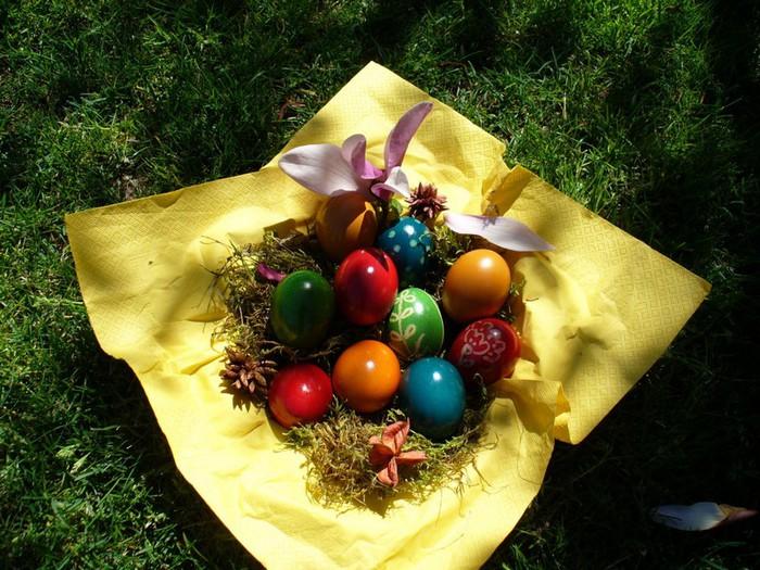 50+ Оригинальные пасхальные яйца 16 (700x525, 140Kb)
