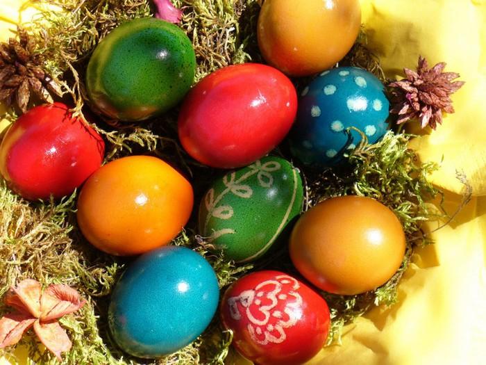 50+ Оригинальные пасхальные яйца 20 (700x525, 127Kb)