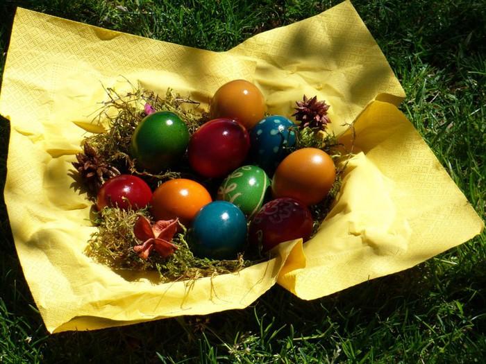 50+ Оригинальные пасхальные яйца 21 (700x525, 132Kb)