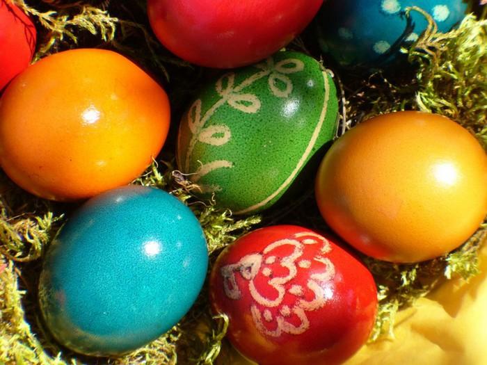 50+ Оригинальные пасхальные яйца 26 (700x525, 112Kb)