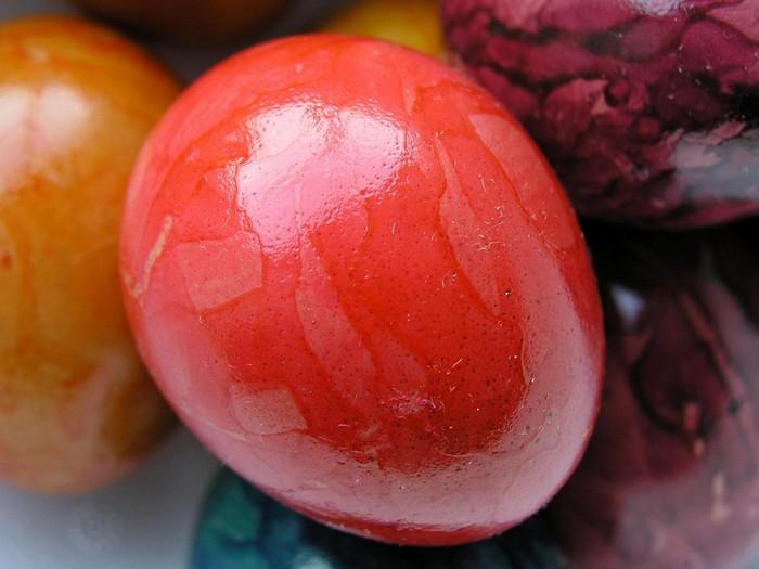 50+ Оригинальные пасхальные яйца 28 (700x525, 71Kb)
