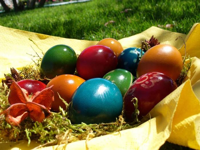 50+ Оригинальные пасхальные яйца 34 (700x525, 106Kb)