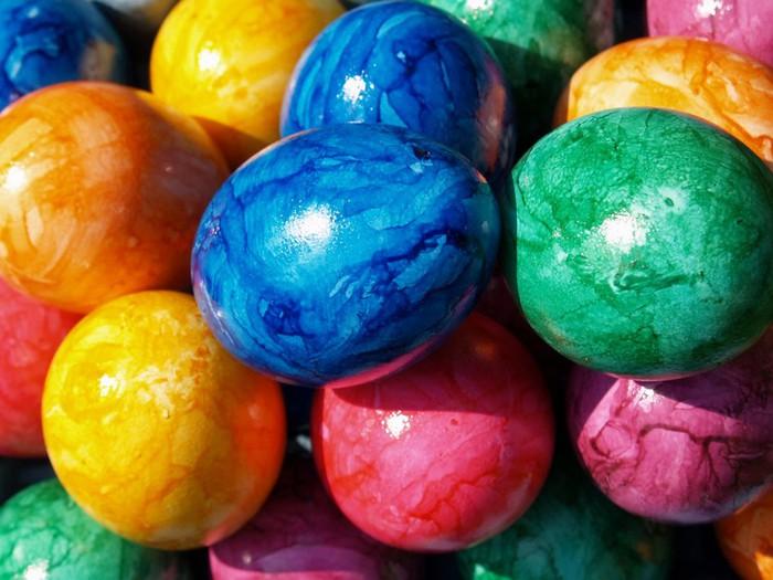 50+ Оригинальные пасхальные яйца 42 (700x525, 94Kb)
