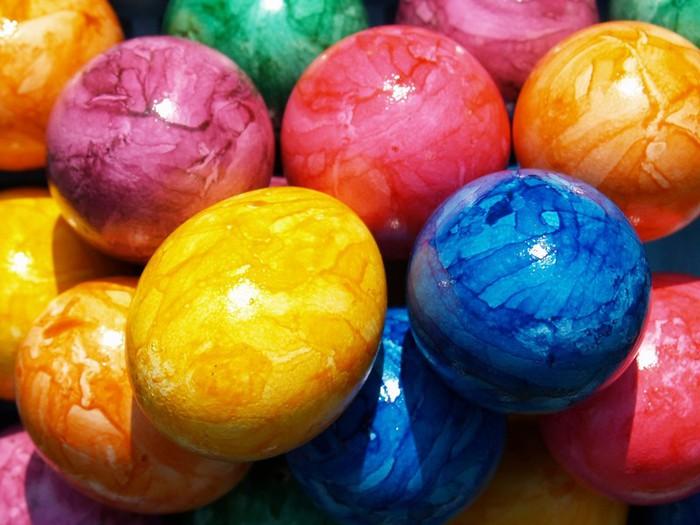 50+ Оригинальные пасхальные яйца 44 (700x525, 90Kb)