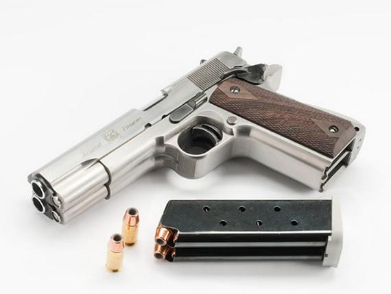 двухствольный пистолет 1 (570x429, 51Kb)