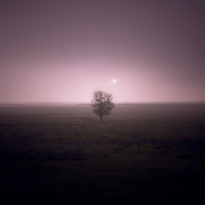 Польский фото-художник Michal Karcz 29 (700x700, 45Kb)