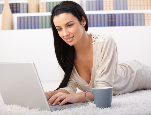 женщина и компьютер (500x380, 34Kb)