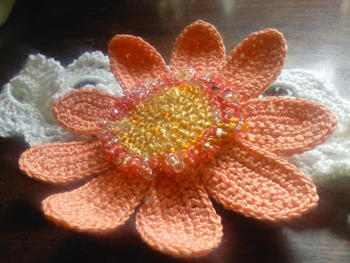 Нитки Ирис персикового цвета,