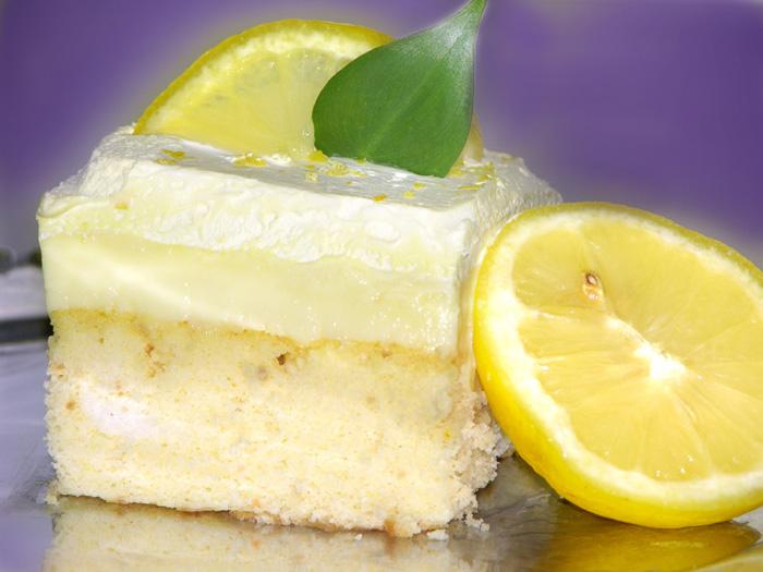 4360286_papa_lena_lemon_cake_lrg (700x525, 111Kb)