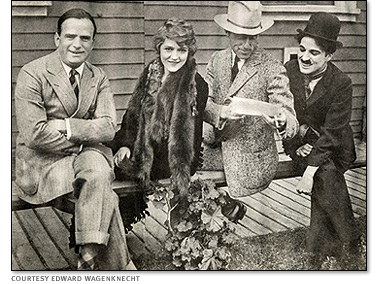 743664_The_founders_of_United_Artists__Douglas_Fairbanks_Mary_Pickford_D__W__Griffith_and_Charlie_Chaplin_ (378x284, 60Kb)