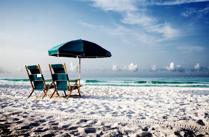 Beach_by_jkurl11 (700x457, 186Kb)