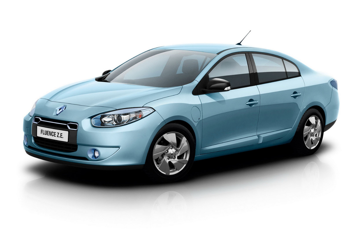 Renault-Fluence- (700x466, 151Kb)