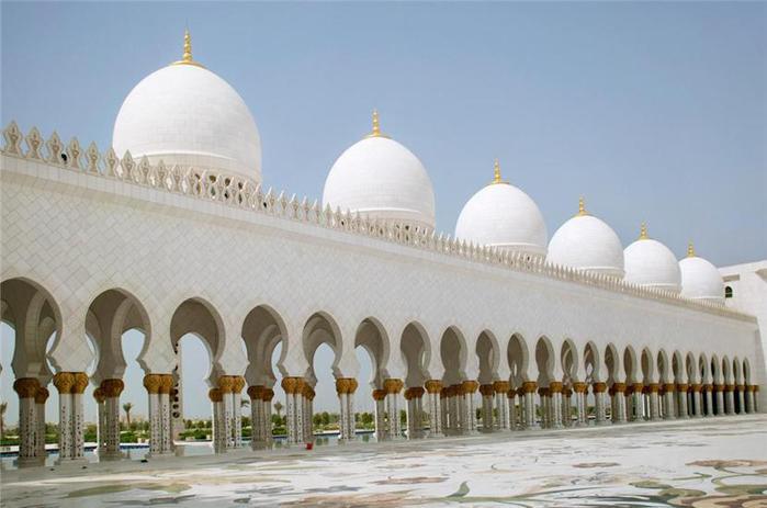 мечеть шейха заида в абудаби 2 (700x463, 41Kb)