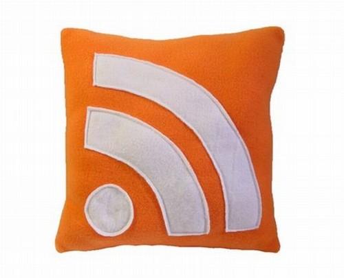 Креативные подушки и одеяла 32 (500x405, 31Kb)