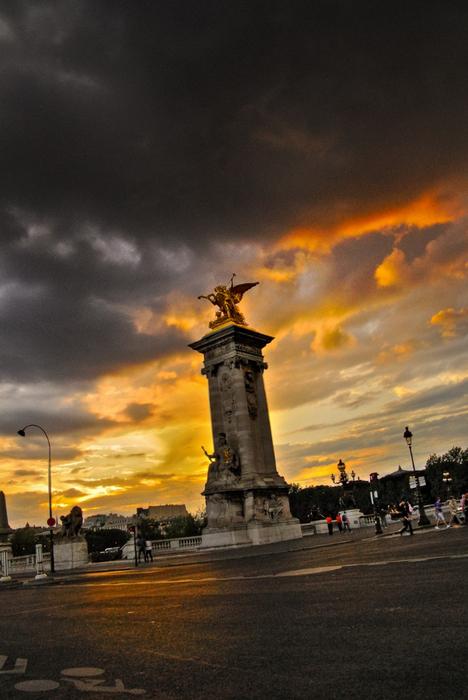 Лучшие фото Парижа в формате HDR 8 (468x700, 323Kb)