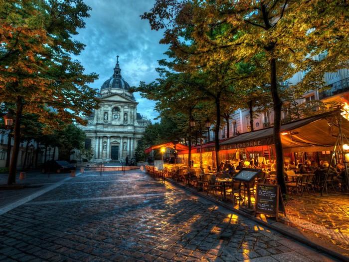 Лучшие фото Парижа в формате HDR 10 (700x525, 162Kb)
