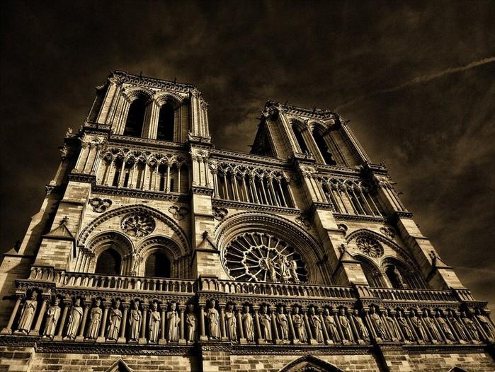 Лучшие фото Парижа в формате HDR 14 (700x526, 147Kb)