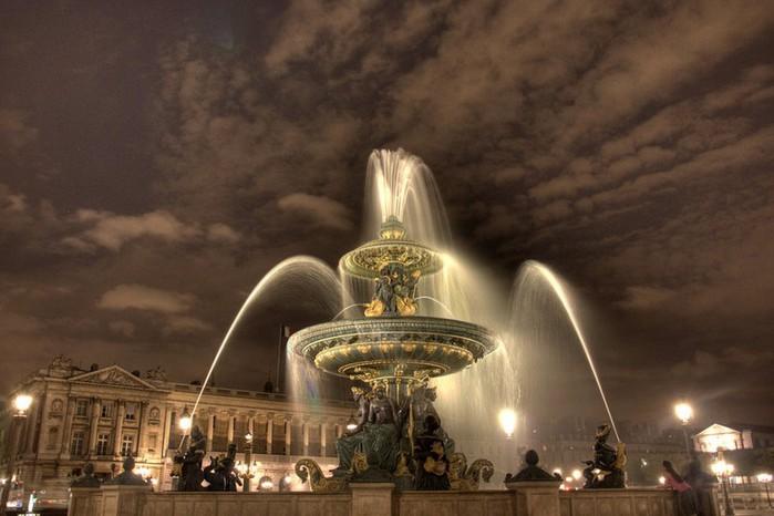 Лучшие фото Парижа в формате HDR 18 (700x466, 73Kb)