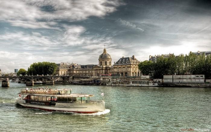 Лучшие фото Парижа в формате HDR 25 (700x437, 103Kb)