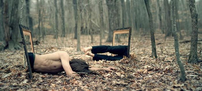Странный фото-сюрреализм от Kevin Corrado 7 (700x317, 80Kb)