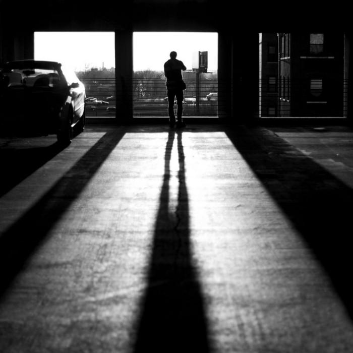 Странный фото-сюрреализм от Kevin Corrado 9 (700x700, 65Kb)