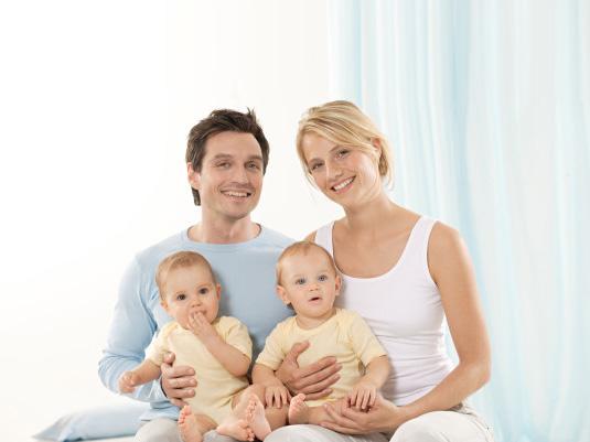 Семья – это то, что объединяет сердца и наполняет души теплом!