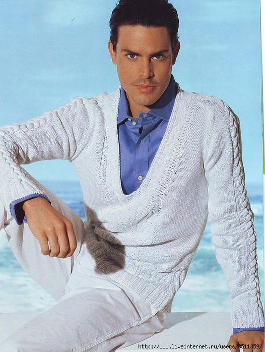 Никто не станет спорить, что вязаные белые пуловеры подчеркивают мужскую красоту.  Именно этот цвет делает мужчину...
