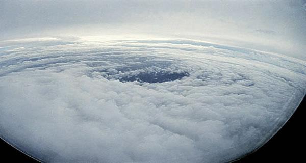 Ураган (600x320, 27Kb)