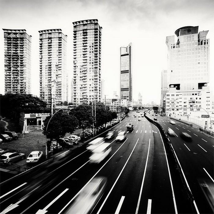 Красивые черно белые фото Шанхая от Martin Stavars 2 (700x700, 143Kb)