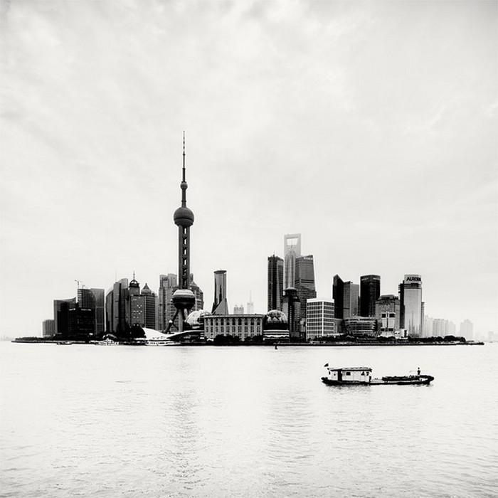 Красивые черно белые фото Шанхая от Martin Stavars 10 (700x700, 71Kb)
