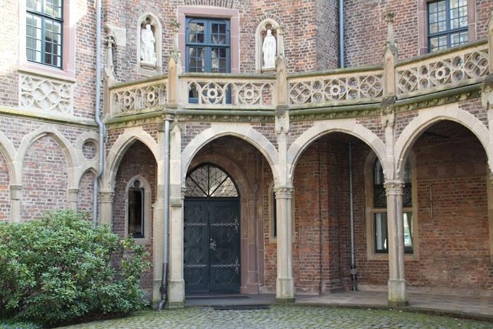 ЗАМОК Паттендорф - Schloss Paffendorf 11667