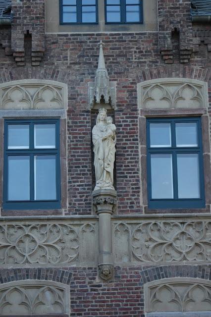 ЗАМОК Паттендорф - Schloss Paffendorf 39974