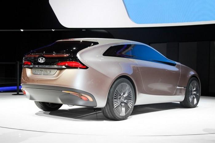 Футуристичный концепт кар I-ioniq от Hyundai 2 (700x466, 54Kb)