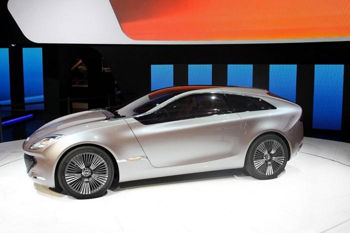 Футуристичный концепт кар I-ioniq от Hyundai 4 (700x466, 58Kb)