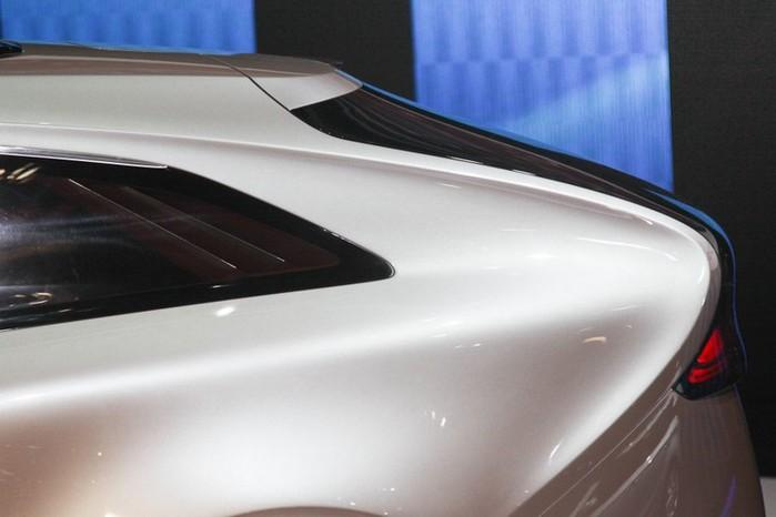 Футуристичный концепт кар I-ioniq от Hyundai 11 (700x466, 52Kb)