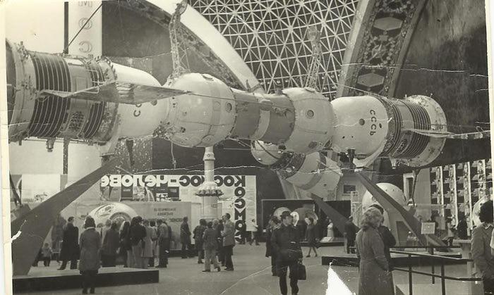 космос5 (700x419, 60Kb)