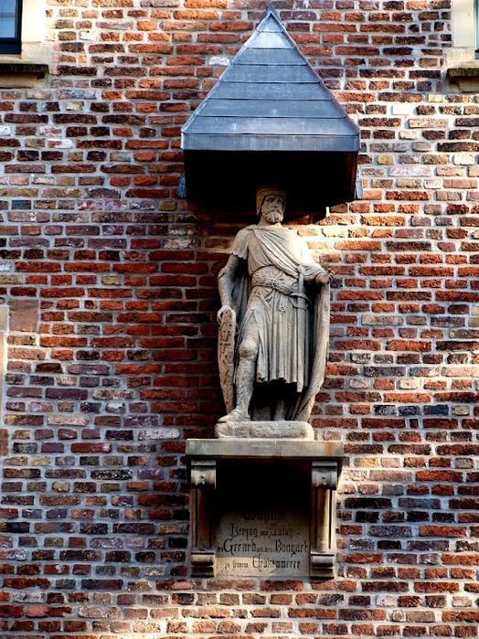 ЗАМОК Паттендорф - Schloss Paffendorf 54687