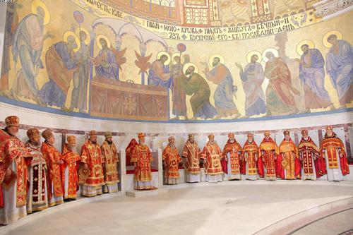 Патриарх Кирилл в Кронштадте 19 апр2012 (500x333, 245Kb)