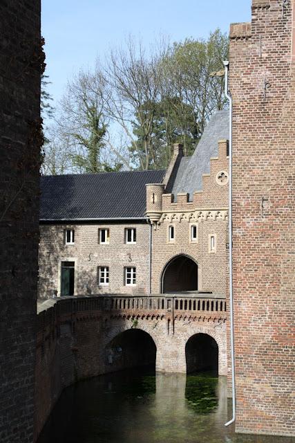 ЗАМОК Паттендорф - Schloss Paffendorf 77209