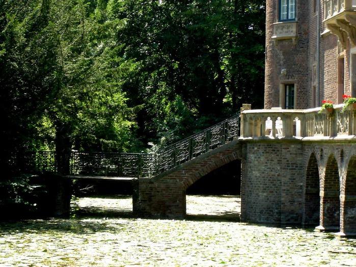 ЗАМОК Паттендорф - Schloss Paffendorf 94941