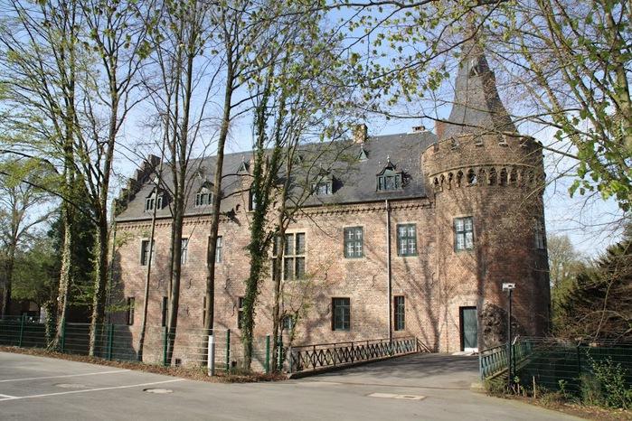 ЗАМОК Паттендорф - Schloss Paffendorf 64620