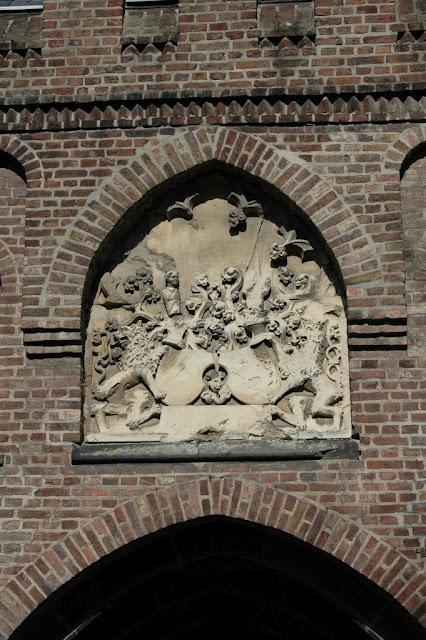 ЗАМОК Паттендорф - Schloss Paffendorf 73125