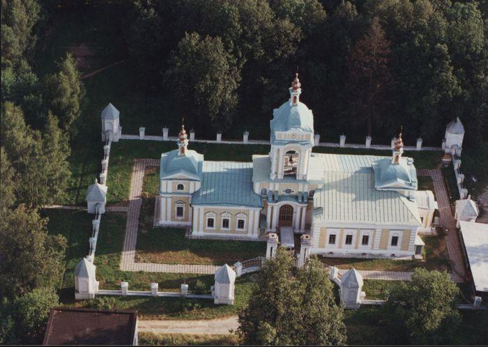 Иоанно- Богословский  храм (700x498, 68Kb)