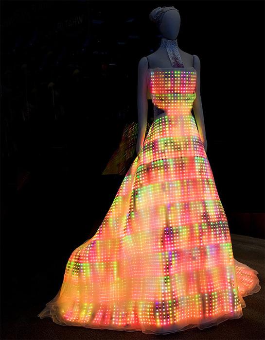 платье космическое (545x700, 127Kb)
