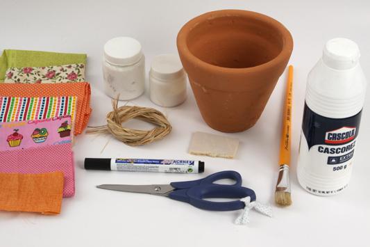 vaso-decoupagetecido_materiais_20-09-12 (533x355, 159Kb)